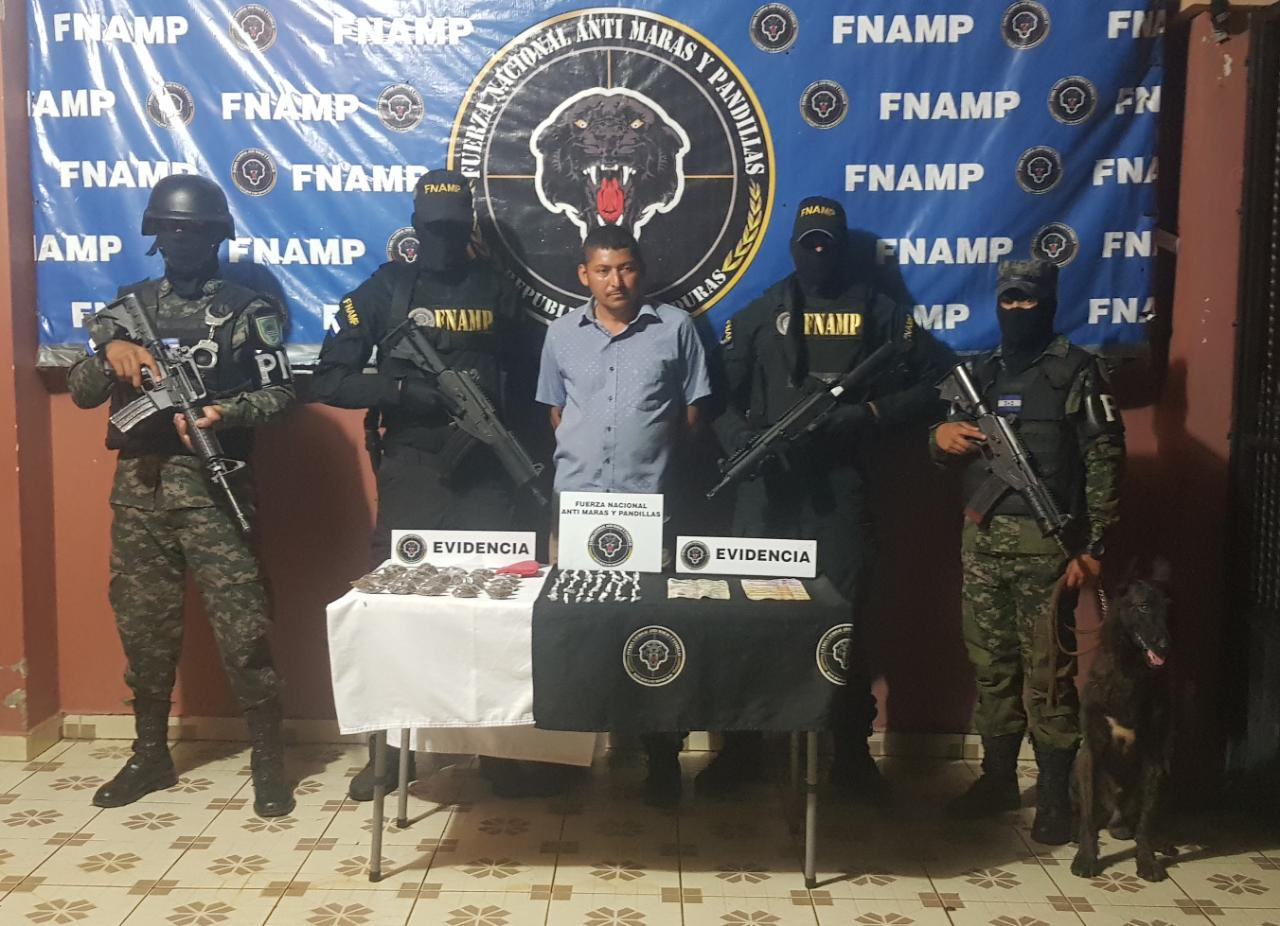 Capturan a El cacho supuesto traficante de drogas