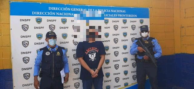POLICÍA DETIENE SALVADOREÑO POR SECUESTRO