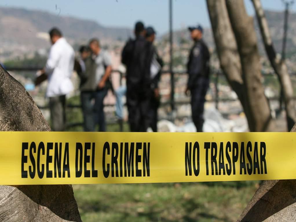 Medicina Forense inspecciona 930 armas utilizadas en crímenes.