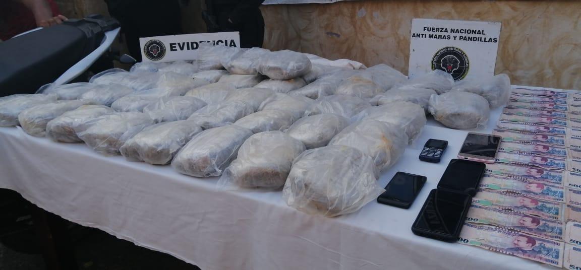 FNAMP detiene a varias personas por los delitos de Extorsión y trafico de Drogas.