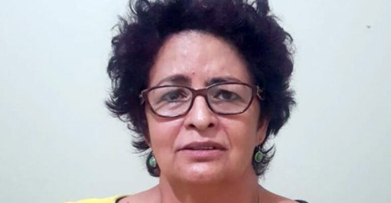 Ex esposa de comisionado policial condenada por lavado de activos