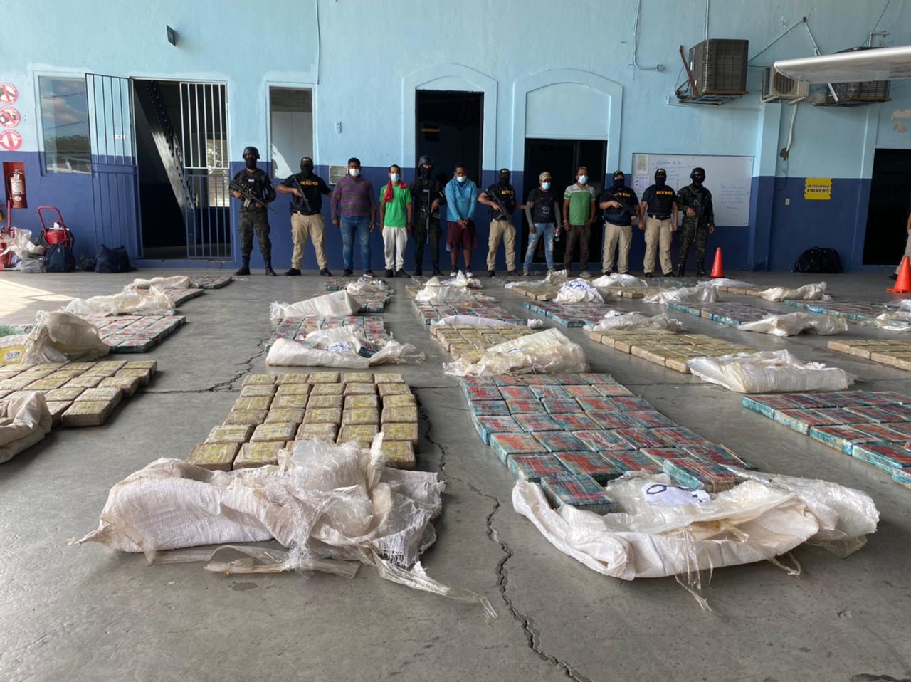 FUERZAS ARMADAS REALIZÓ FUERTES OPERATIVOS EN LAS ZONAS COSTERAS DE HONDURAS.