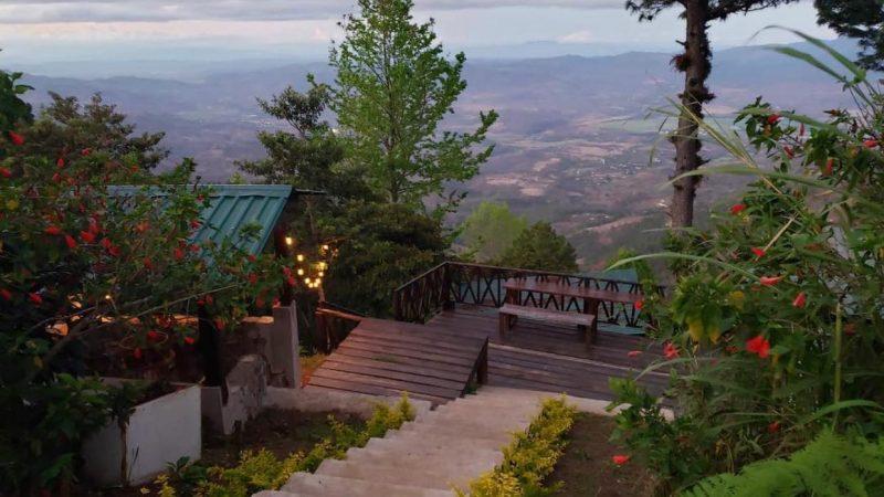 Valle de Ángeles un pueblo de encanto con hoteles de montaña.