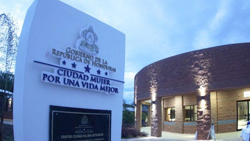 En cuatro años se han construido seis Centros Ciudad Mujer a nivel nacional, en Tegucigalpa, Choloma, San Pedro Sula, La Ceiba, Juticalpa y ahora en Choluteca.