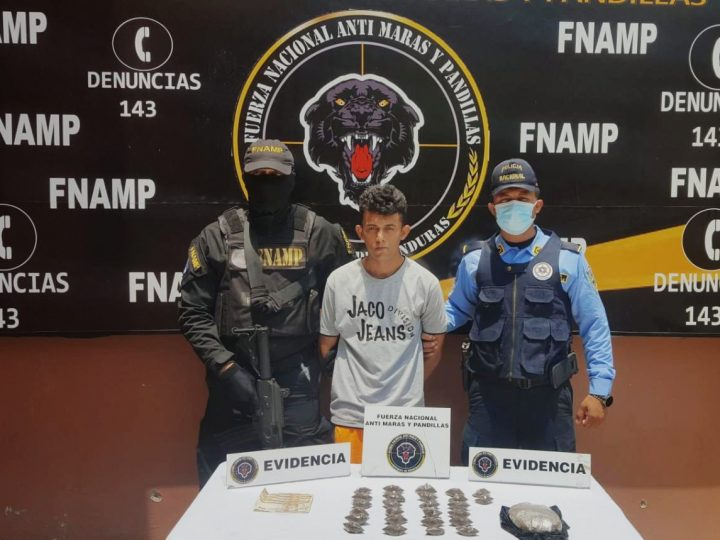 Madrugón en Amapala, operativos realizados por la FNAMP enfocados en capturar a miembros de maras y pandillas.